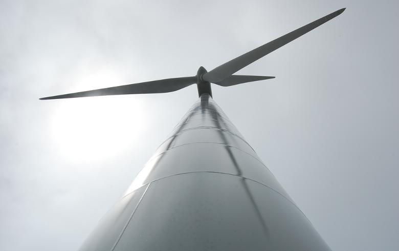 Wind turbine. Author: PSNH. License: Creative Commons, Attribution-NoDerivs 2.0 Generic