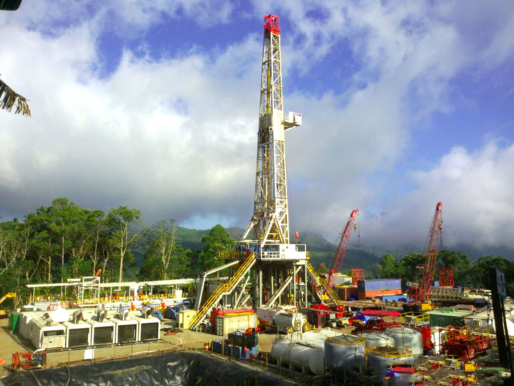 Drilling rig on site of Sokoria geothermal project, Indonesia (source: KS Orka)
