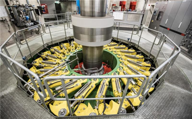 A turbine spins inside the main generating hall at the Kaprun Limberg II pumped storage power plant ... [+] © 2018 BLOOMBERG FINANCE LP