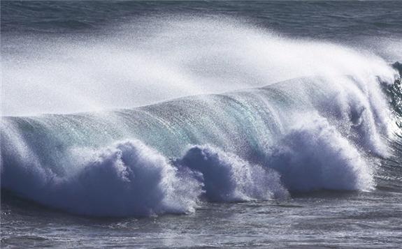 Eco Wave Power Strikes Portugal Partnership