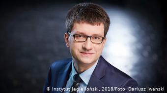Polish economist Marcin Roszkowski is a member of the non-partisan Jagiellonian Club