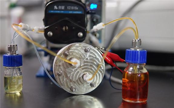 The demonstrator polysulfide-iodide redox flow battery.  Image: Chinese University of Hong Kong (CUHK)