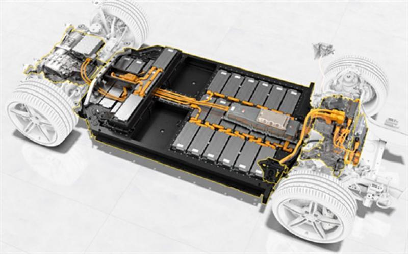 BASF, Porsche Partner on Battery Development