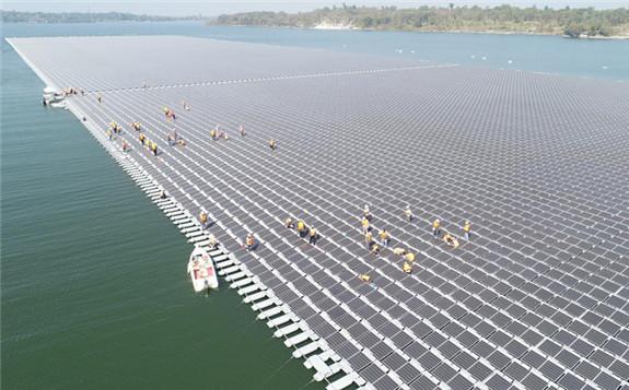 The floating solar farm at Sirindhorn Dam in Ubon Ratchathani.