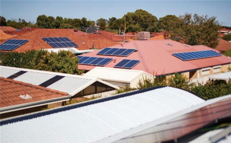 Australian homeowners continue to embrace solar.  Image: WA GOV